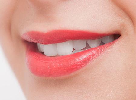 一般歯科と審美治療の違いとは